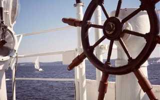 Поздравления своими словами с днем морского и речного флота